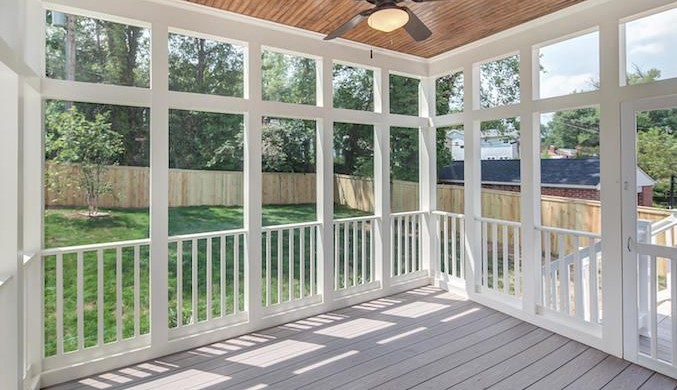 screened porch or sunroom